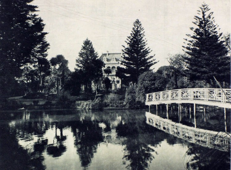 Enterreno - Fotos históricas de chile - fotos antiguas de Chile - Parque de Lota, Concepción, en 1915