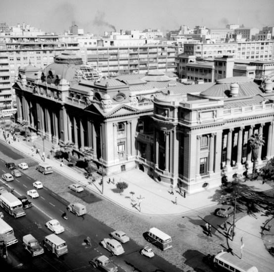 Enterreno - Fotos históricas de chile - fotos antiguas de Chile - Biblioteca Nacional entre 1963 y 1970.