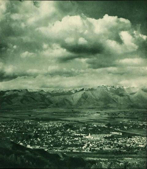 Enterreno - Fotos históricas de chile - fotos antiguas de Chile - Santiago en 1932 desde el aire.