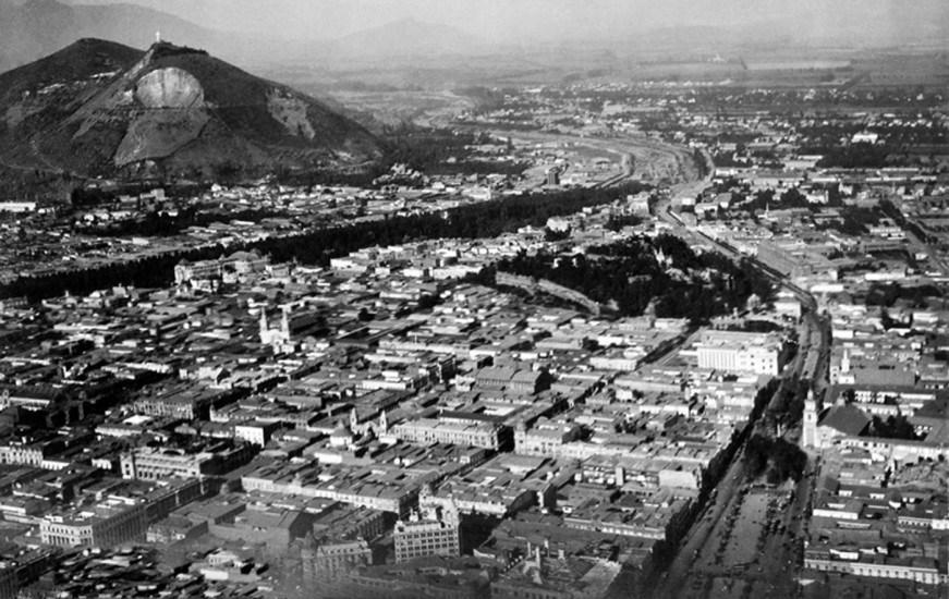 Enterreno - Fotos históricas de chile - fotos antiguas de Chile - Santiago desde el aire en 1929