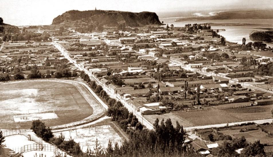 Enterreno - Fotos históricas de chile - fotos antiguas de Chile - Panorámica de Constitución alrededor de 1910