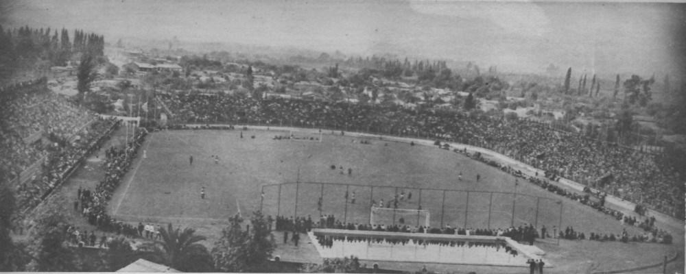 Enterreno - Fotos históricas de chile - fotos antiguas de Chile - Estadio Independencia en 1945