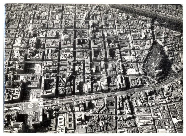 Enterreno - Fotos históricas de chile - fotos antiguas de Chile - Vista aerea Santiago en 1954
