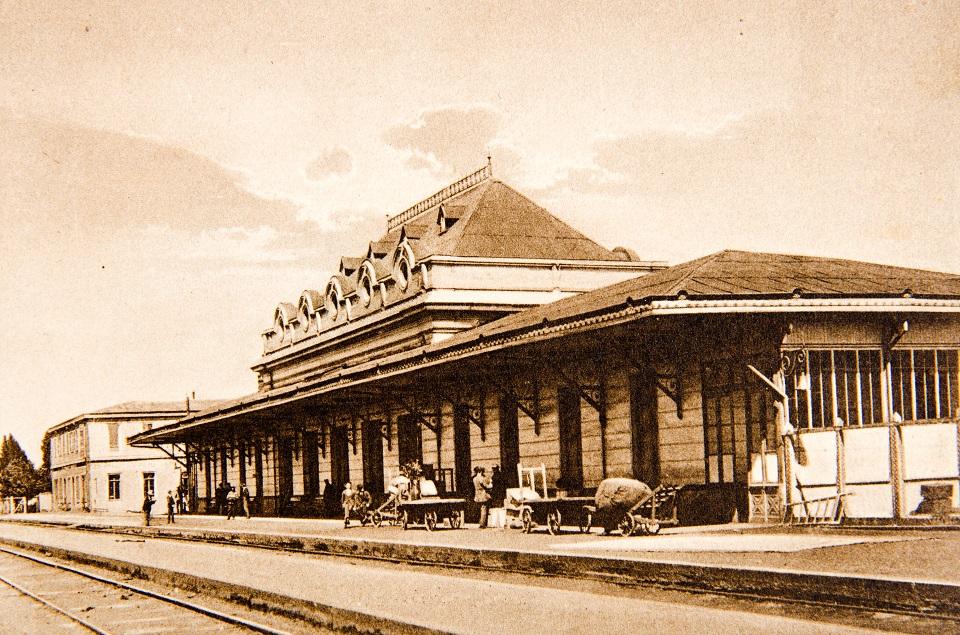 Enterreno - Fotos históricas de chile - fotos antiguas de Chile - Estación de Trenes de Temuco en 1926