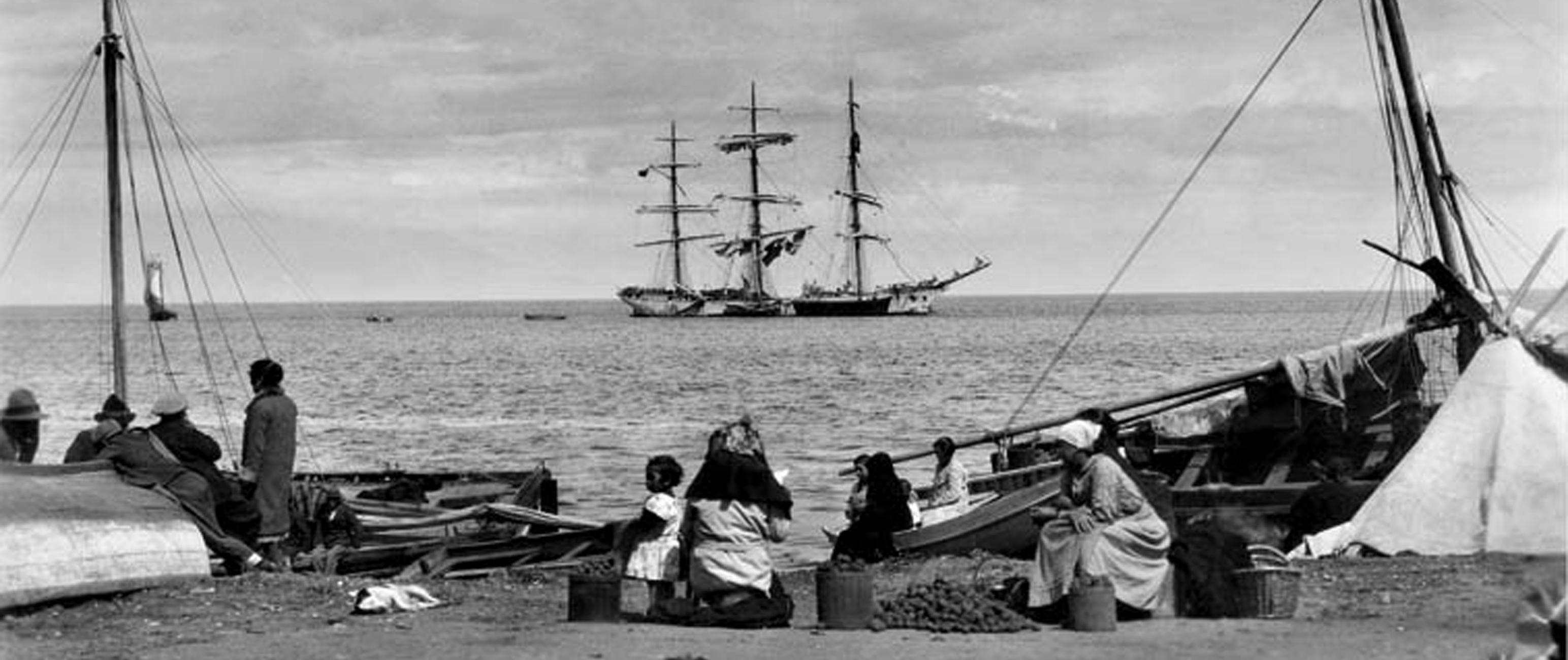 Enterreno - Fotos históricas de chile - fotos antiguas de Chile - Puerto Montt en 1930