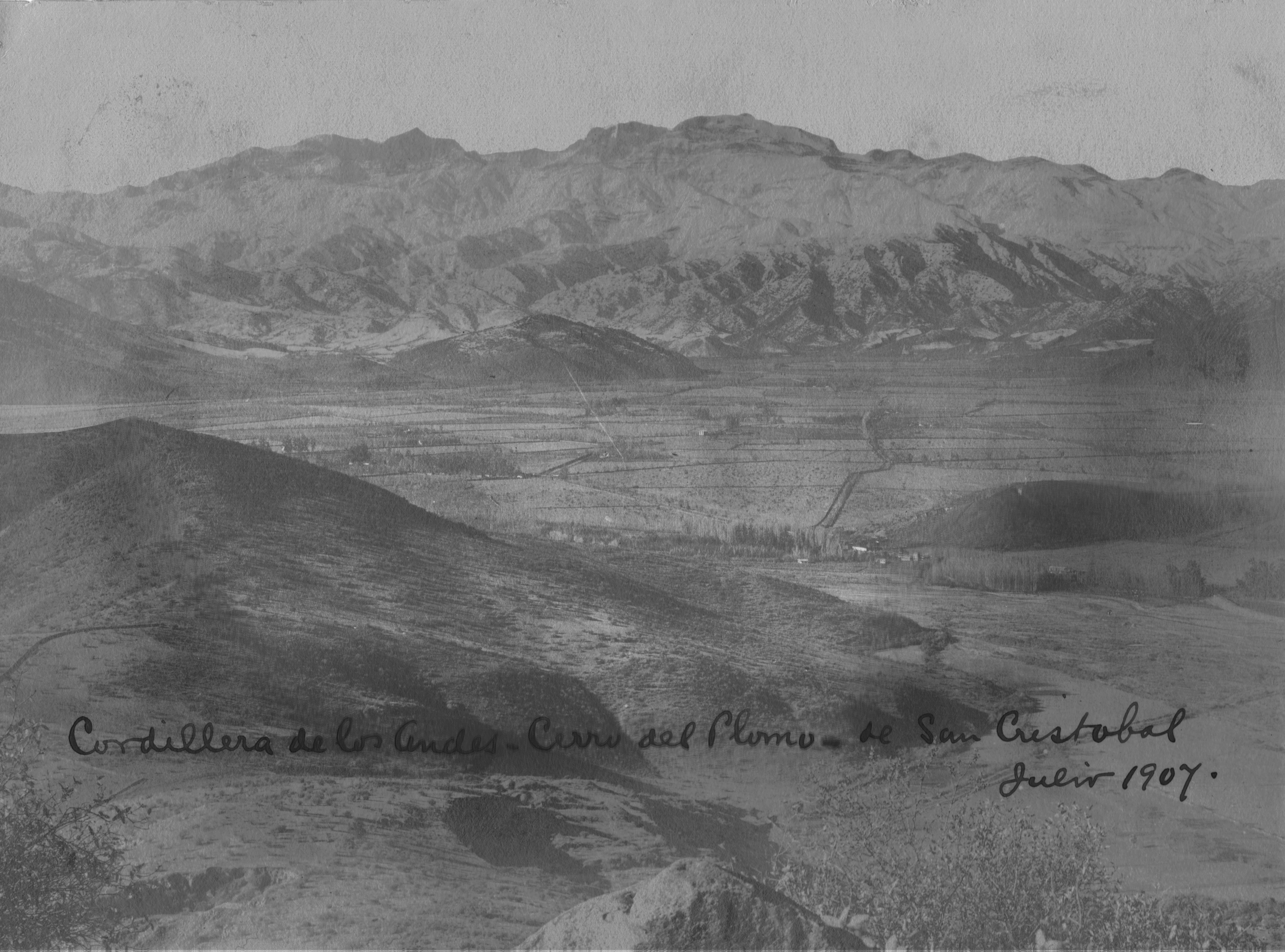 Enterreno - Fotos históricas de chile - fotos antiguas de Chile - Panorámica de Santiago en 1907