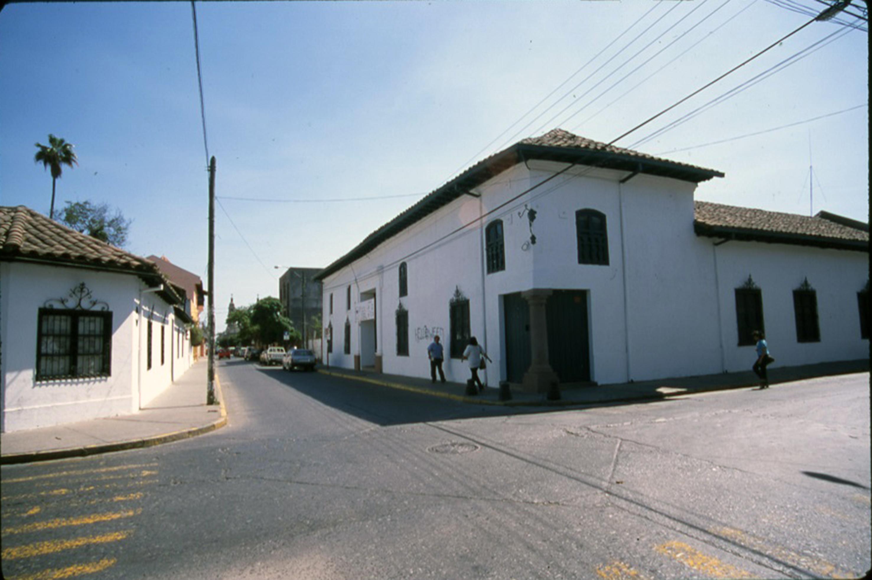 Enterreno - Fotos históricas de chile - fotos antiguas de Chile - Museo Regional de Rancagua en 1999