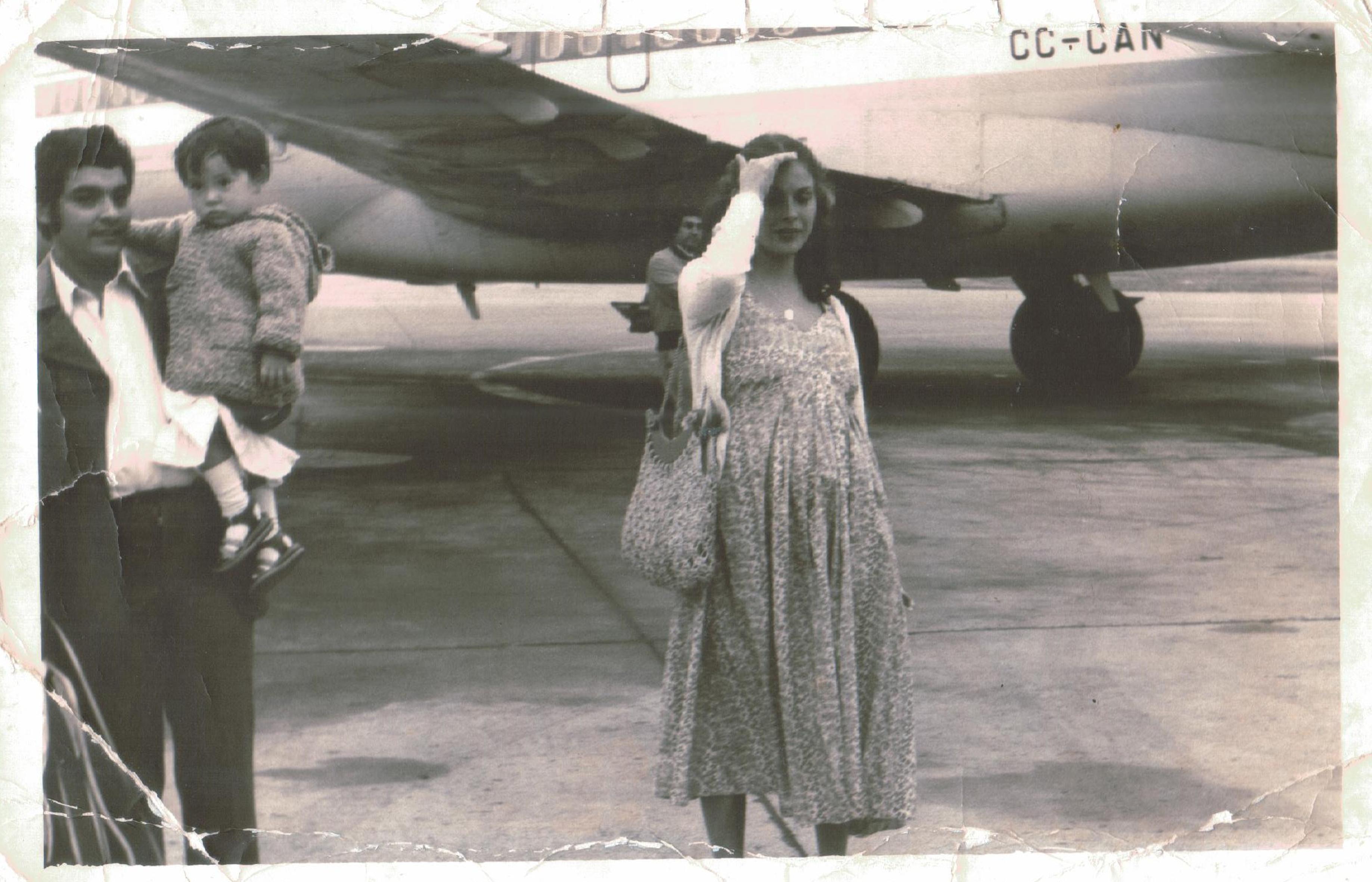 Enterreno - Fotos históricas de chile - fotos antiguas de Chile - Aeropuerto de Santiago en 1978