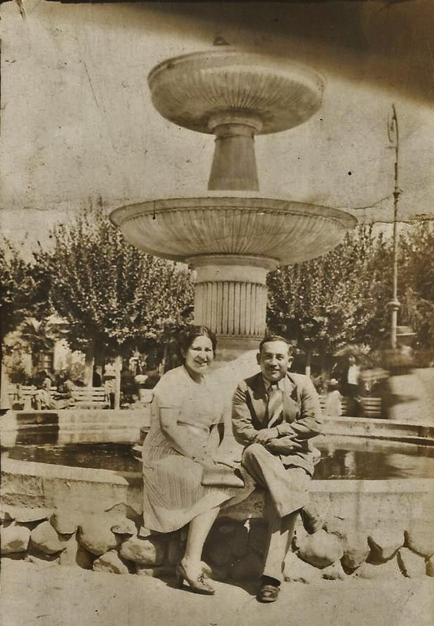 Enterreno - Fotos históricas de chile - fotos antiguas de Chile - Plaza de Limache en los años 40s.