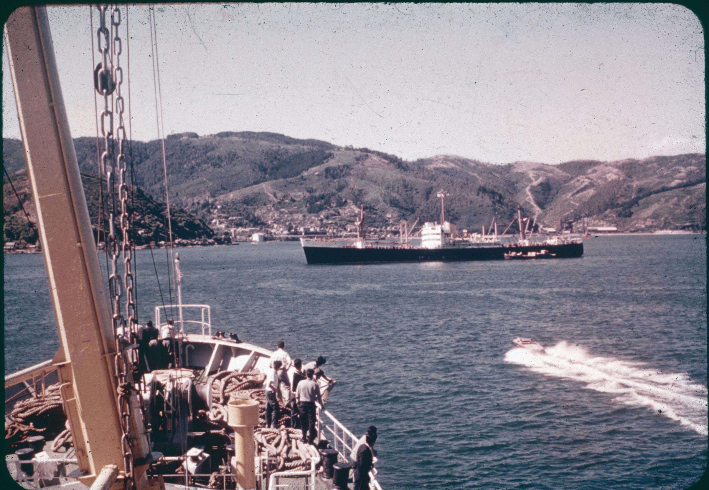 Enterreno - Fotos históricas de chile - fotos antiguas de Chile - Puerto de Corral, Valdivia, 1960