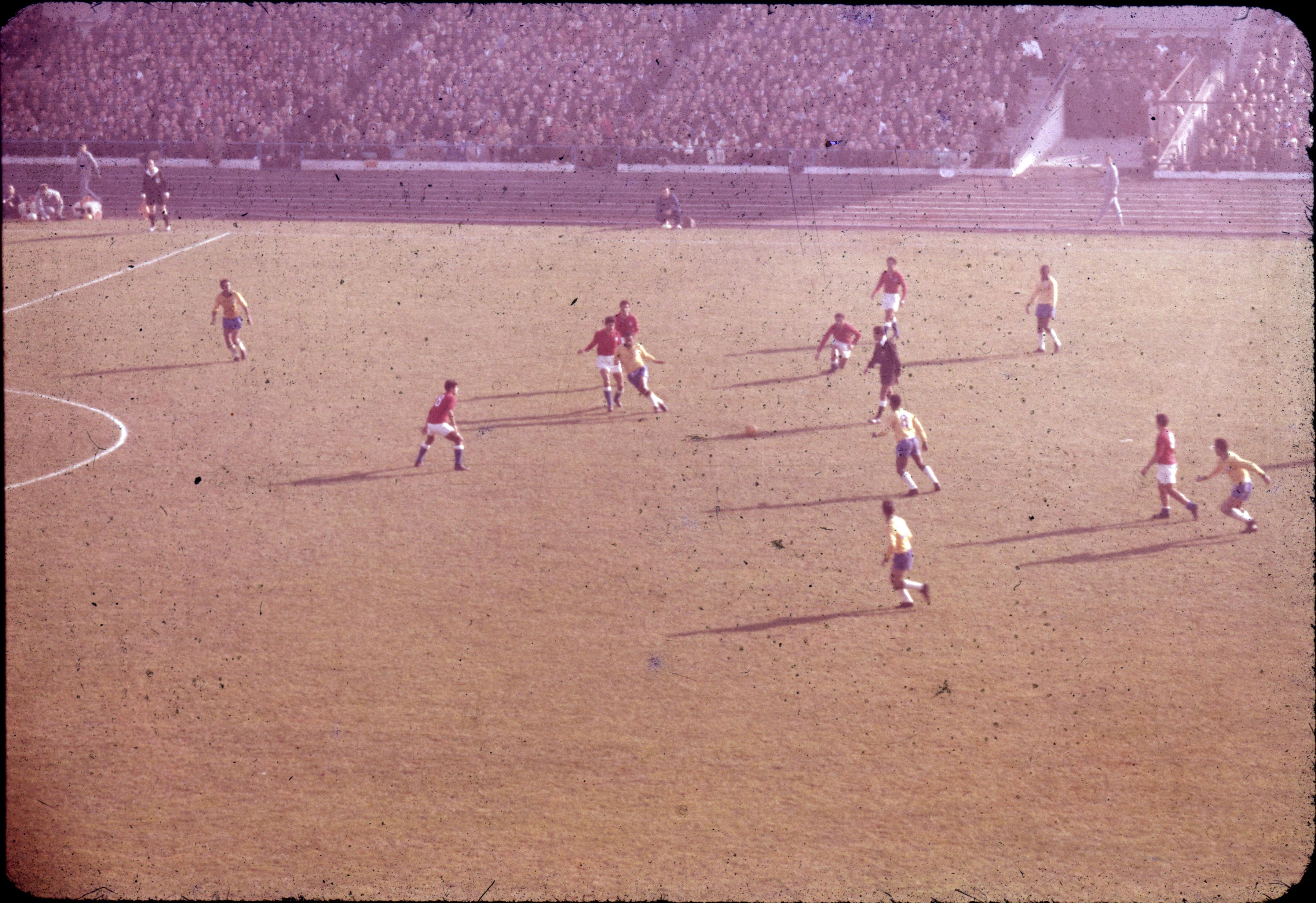 Enterreno - Fotos históricas de chile - fotos antiguas de Chile - Mundial Chile 1962, Estadio Nacional