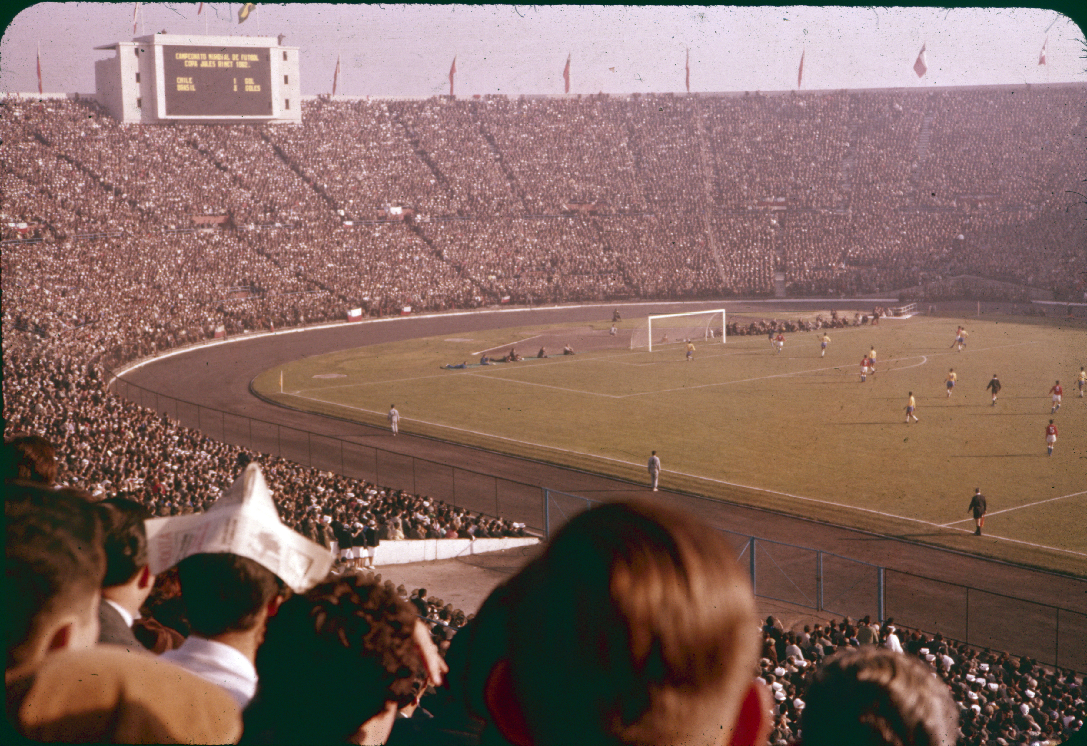 Enterreno - Fotos históricas de chile - fotos antiguas de Chile - Mundial Chile 1962, Estadio Nacional