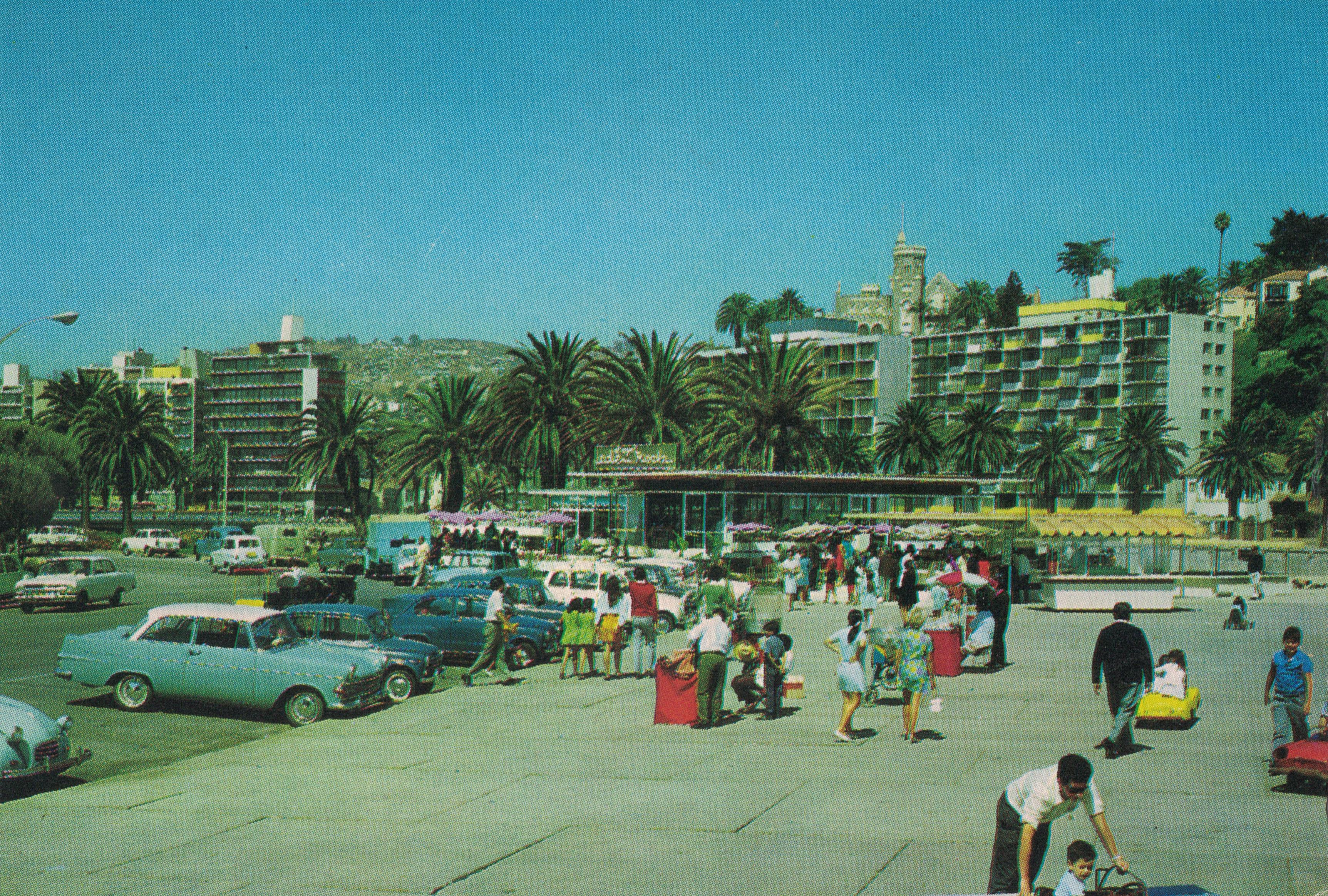 Enterreno - Fotos históricas de chile - fotos antiguas de Chile - Avenida Perú, Viña del Mar en los años 60´s