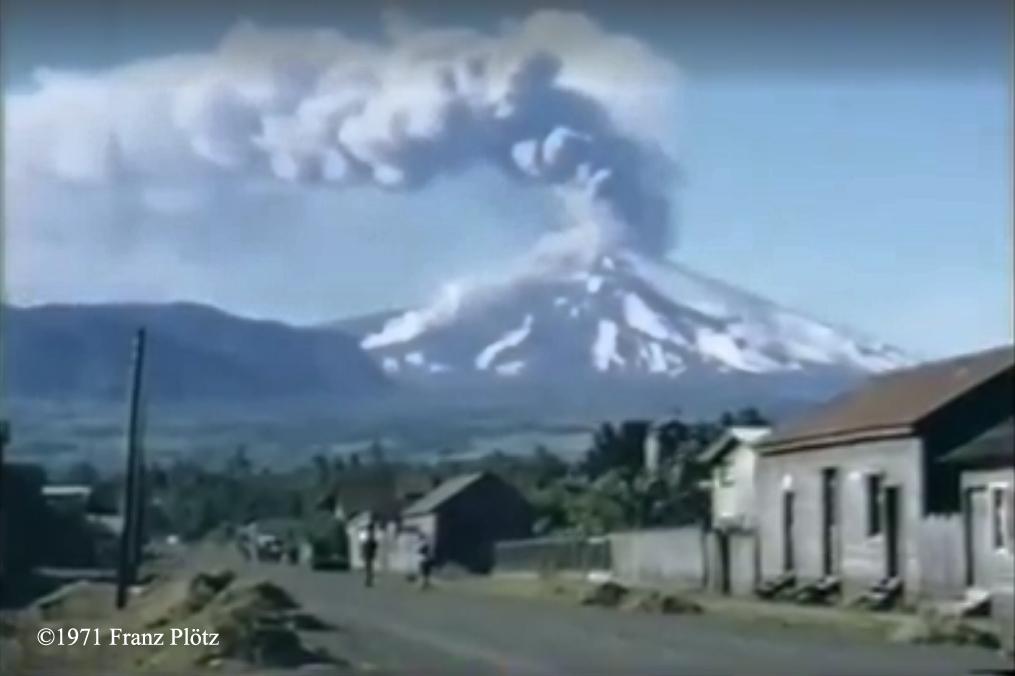 Enterreno - Fotos históricas de chile - fotos antiguas de Chile - Erupción volcán Villarrica