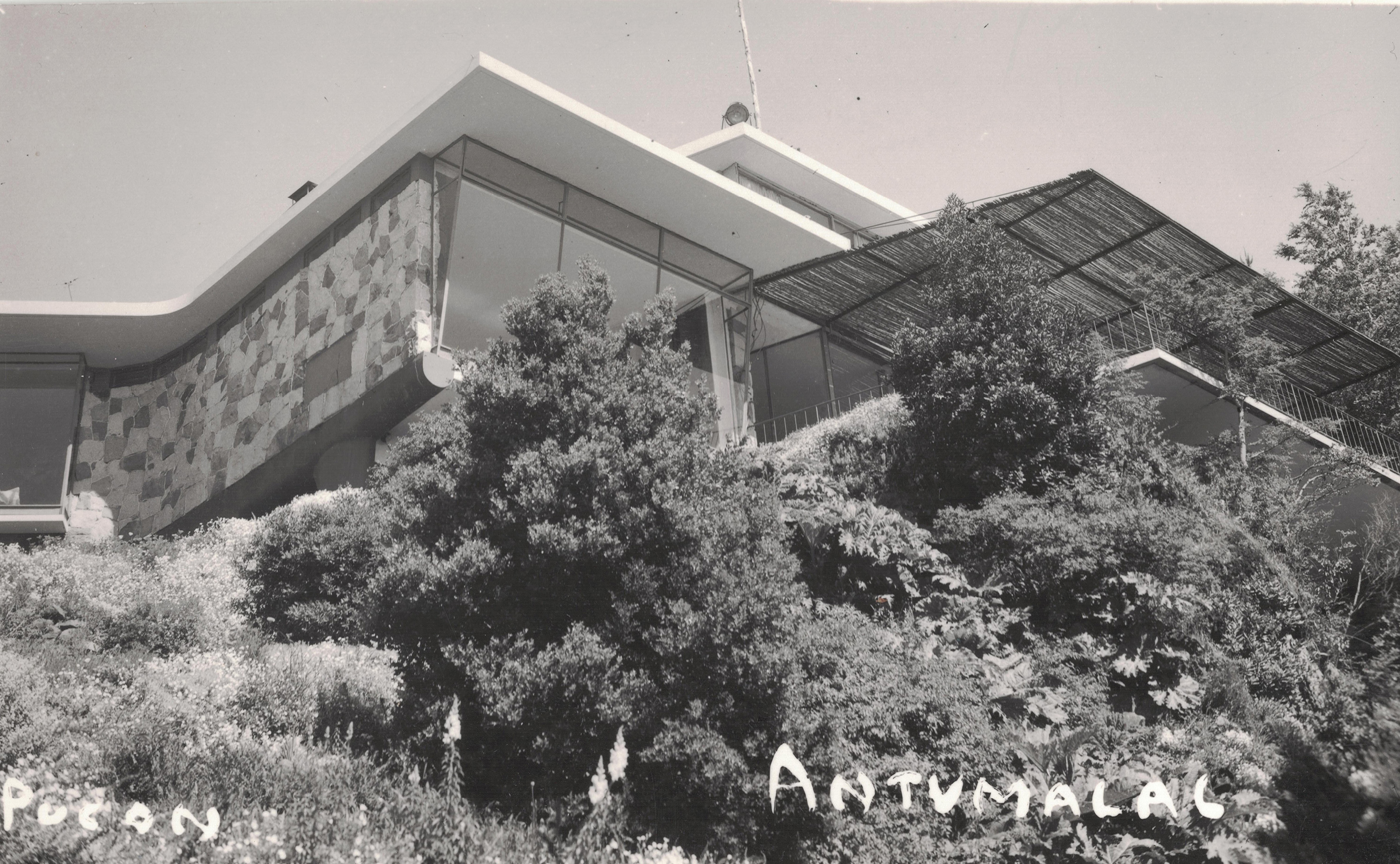 Enterreno - Fotos históricas de chile - fotos antiguas de Chile - Hotel Antumalal, sin año