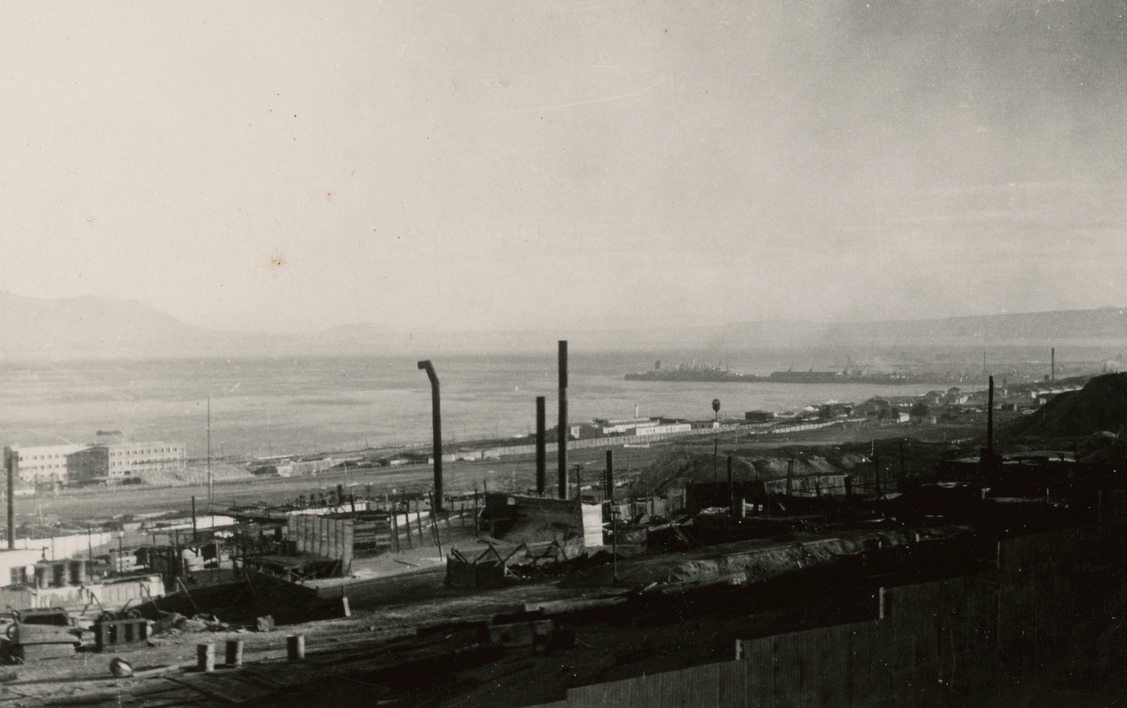 Enterreno - Fotos históricas de chile - fotos antiguas de Chile - Vista de Anntofagasta e 1950