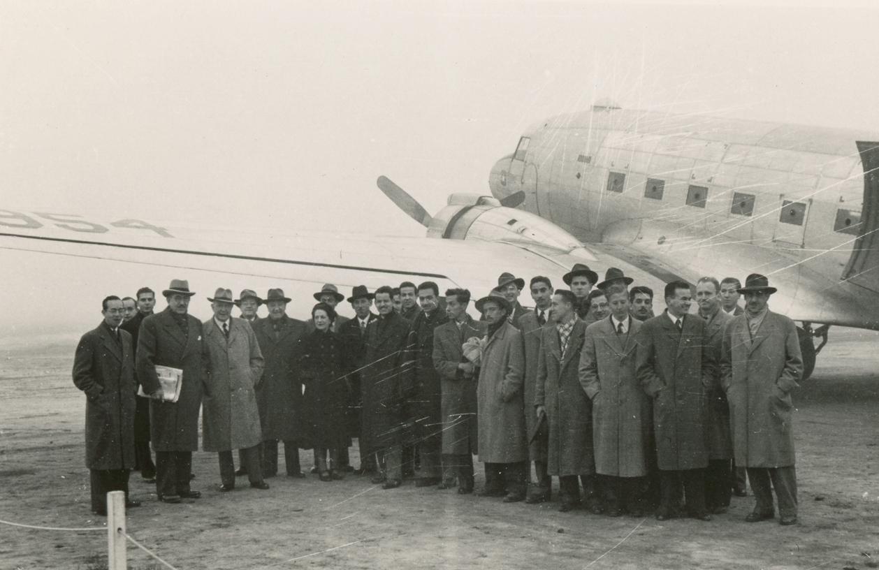 Enterreno - Fotos históricas de chile - fotos antiguas de Chile - Aeropuerto de Antofagasta en 1950