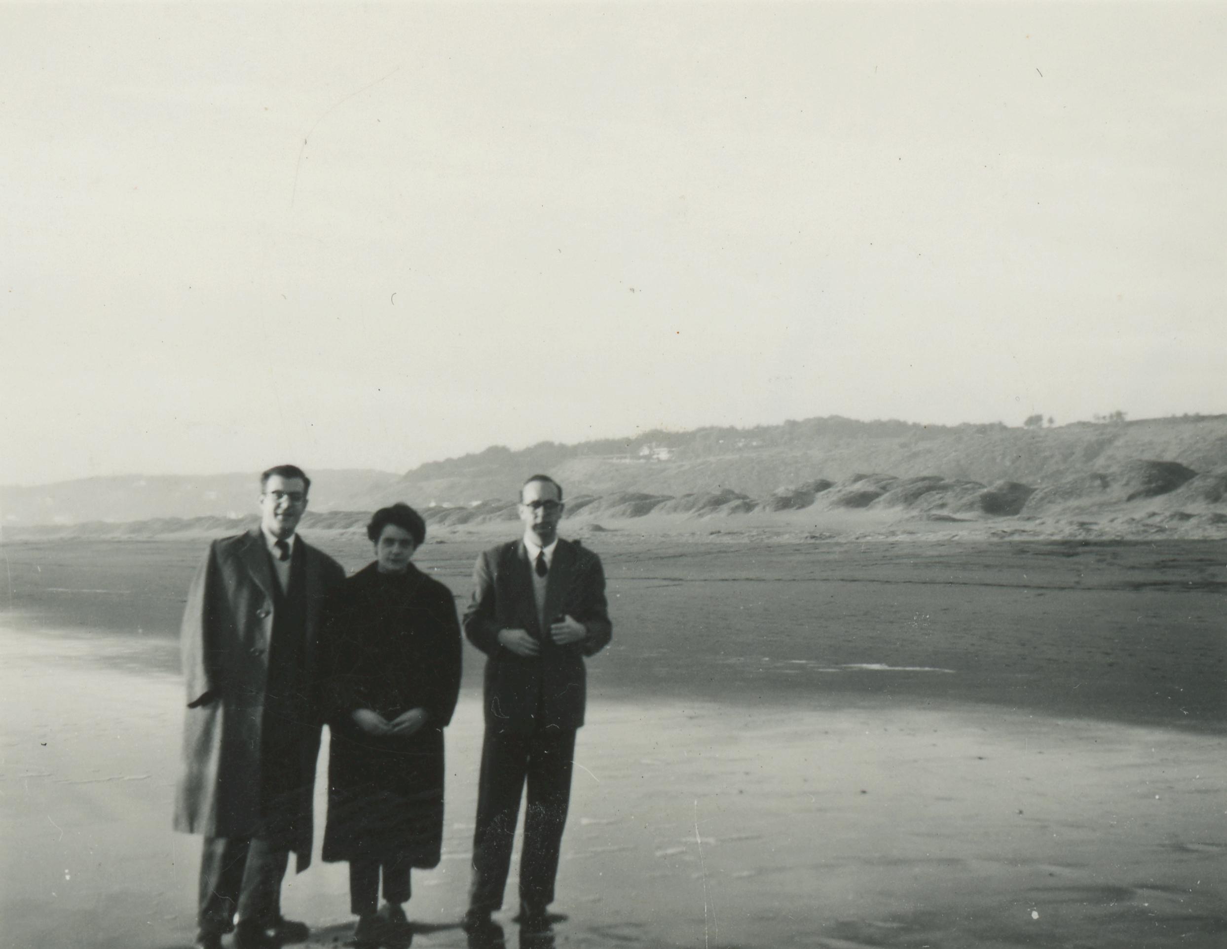 Enterreno - Fotos históricas de chile - fotos antiguas de Chile - Rocas de Santo Domingo en 1949