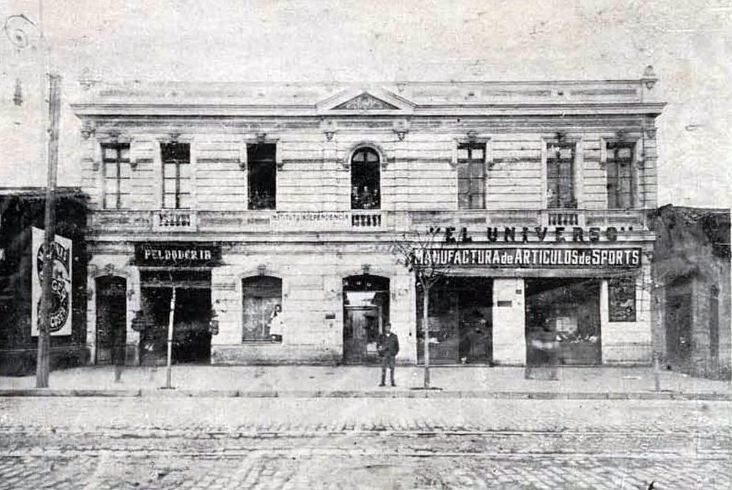 Enterreno - Fotos históricas de chile - fotos antiguas de Chile - Cite San Rafael de Independencia en 1923