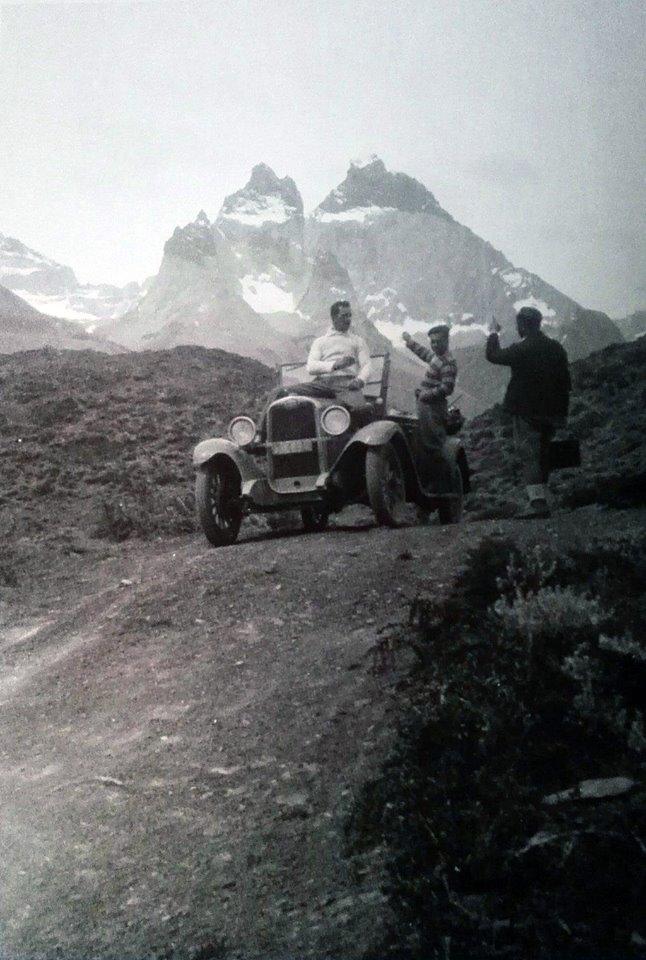 Enterreno - Fotos históricas de chile - fotos antiguas de Chile - Torres del Paine en 1928
