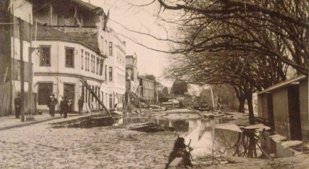 Enterreno - Fotos históricas de chile - fotos antiguas de Chile - Valdivia después del terremoto en 1960