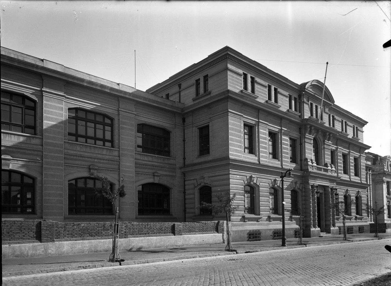 Enterreno - Fotos históricas de chile - fotos antiguas de Chile - Calle Blanco Encalada en 1969