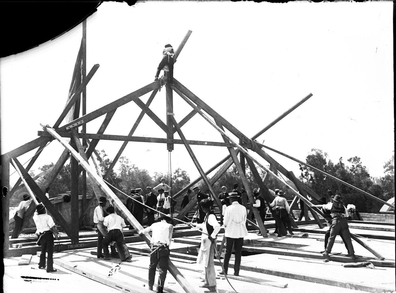 Enterreno - Fotos históricas de chile - fotos antiguas de Chile - Universidad de Chile en 1911