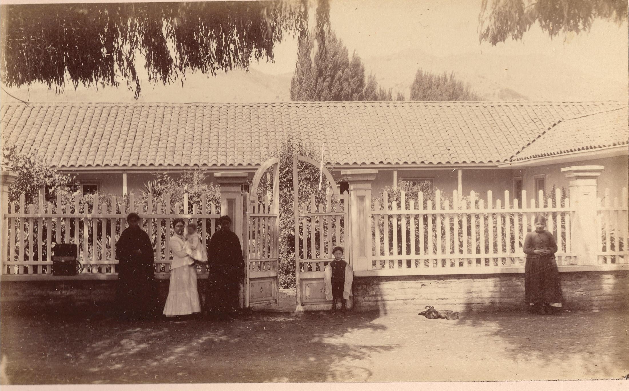 Enterreno - Fotos históricas de chile - fotos antiguas de Chile - Pencahue y Millahue Quinta Región, 1889