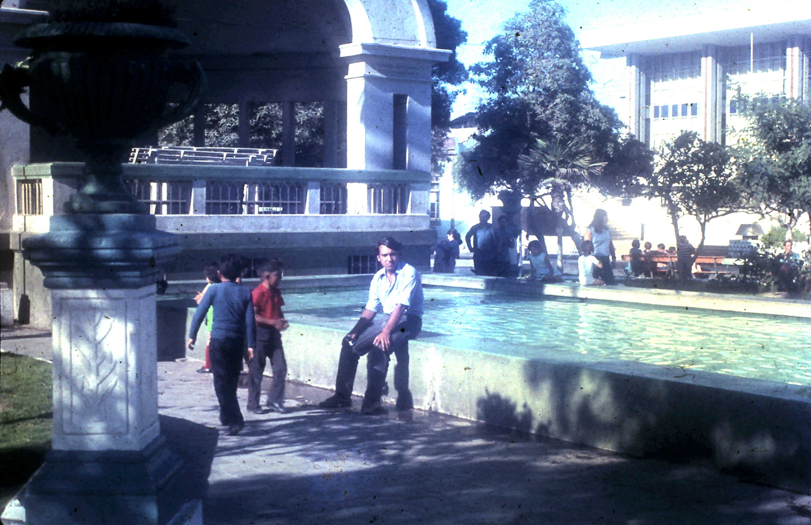 Enterreno - Fotos históricas de chile - fotos antiguas de Chile - Plaza de Coquimbo en 1972