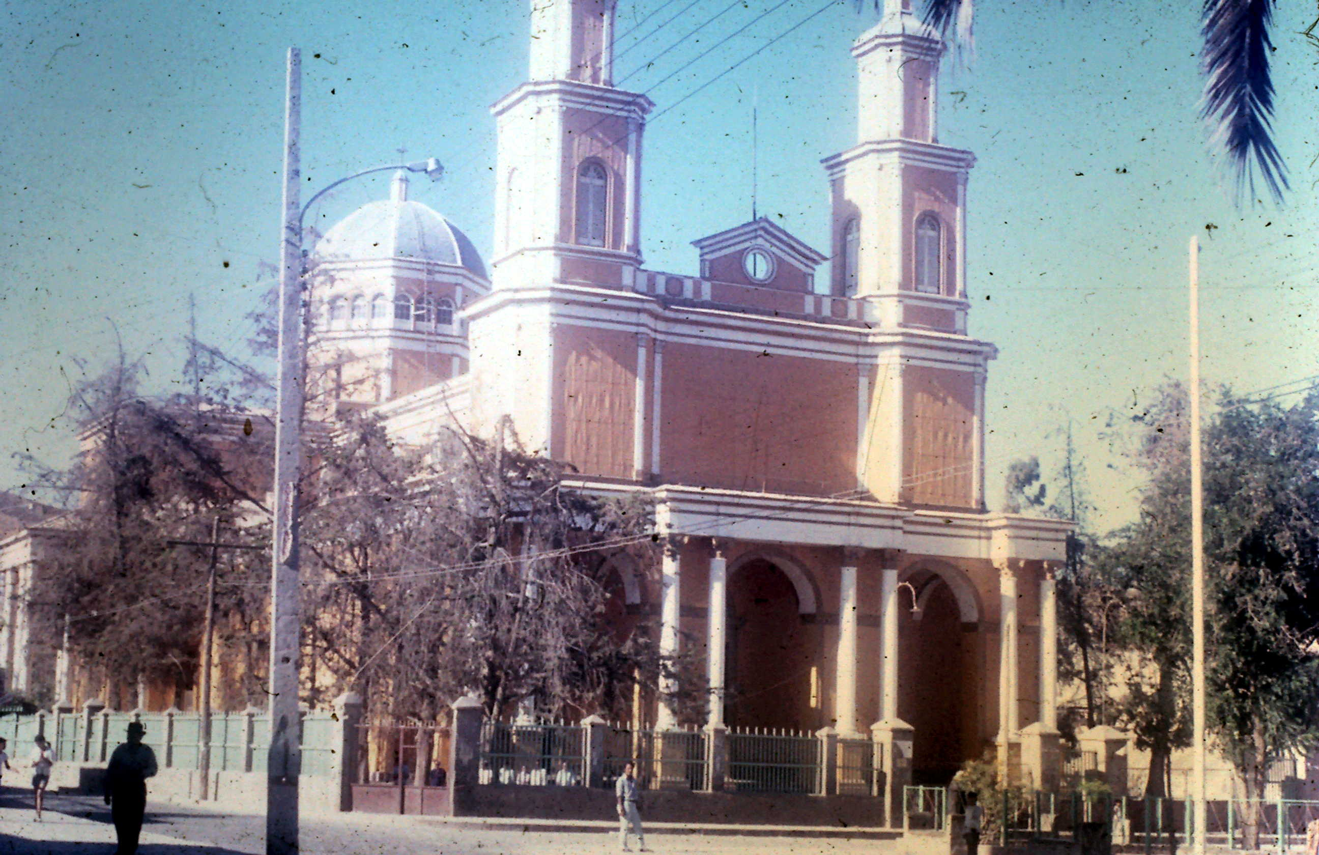 Enterreno - Fotos históricas de chile - fotos antiguas de Chile - Verano de 1972 en Andacollo
