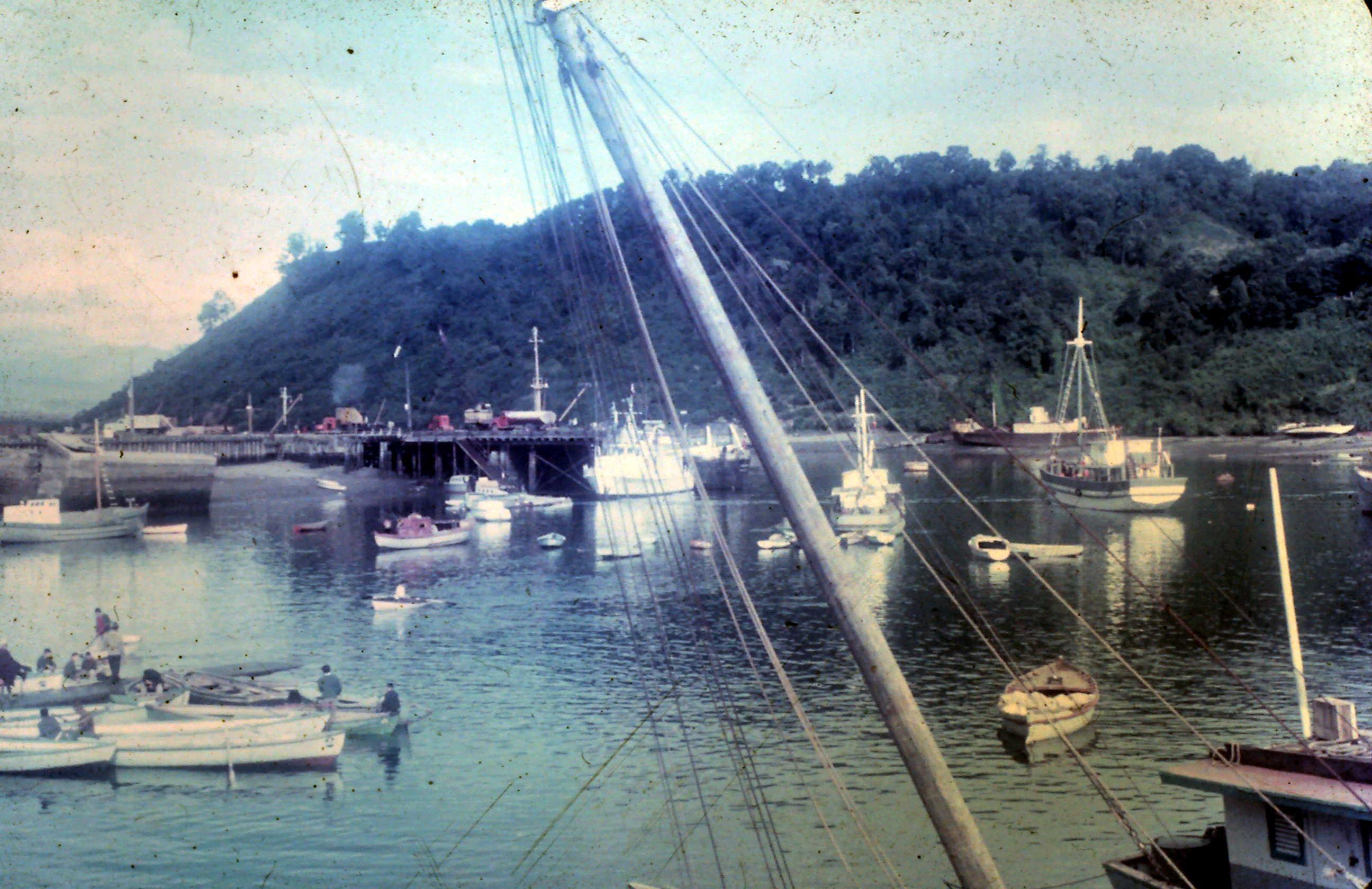 Enterreno - Fotos históricas de chile - fotos antiguas de Chile - Verano de 1968 en Puerto Montt