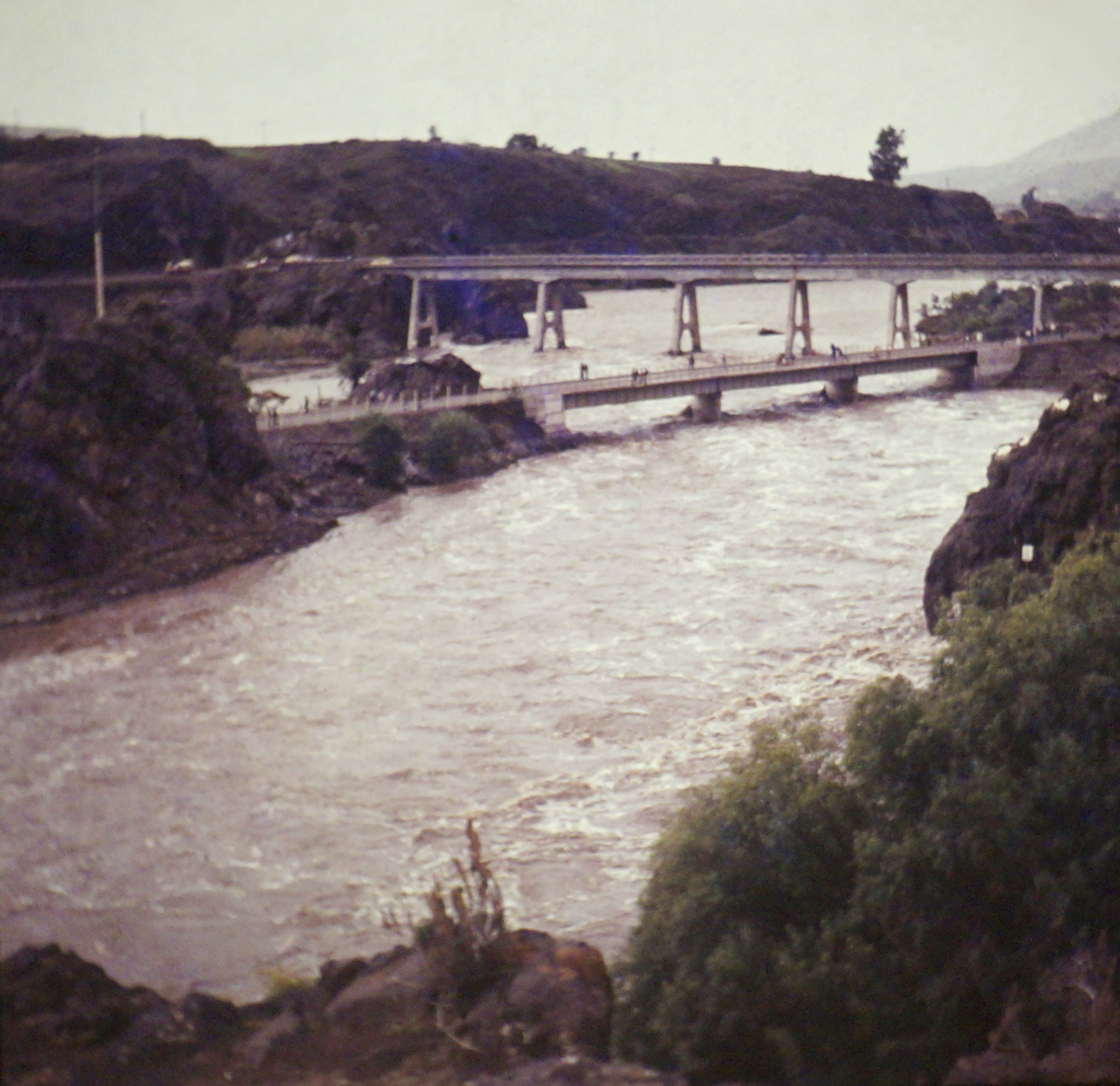 Enterreno - Fotos históricas de chile - fotos antiguas de Chile - Temporal en Ovalle en 1984
