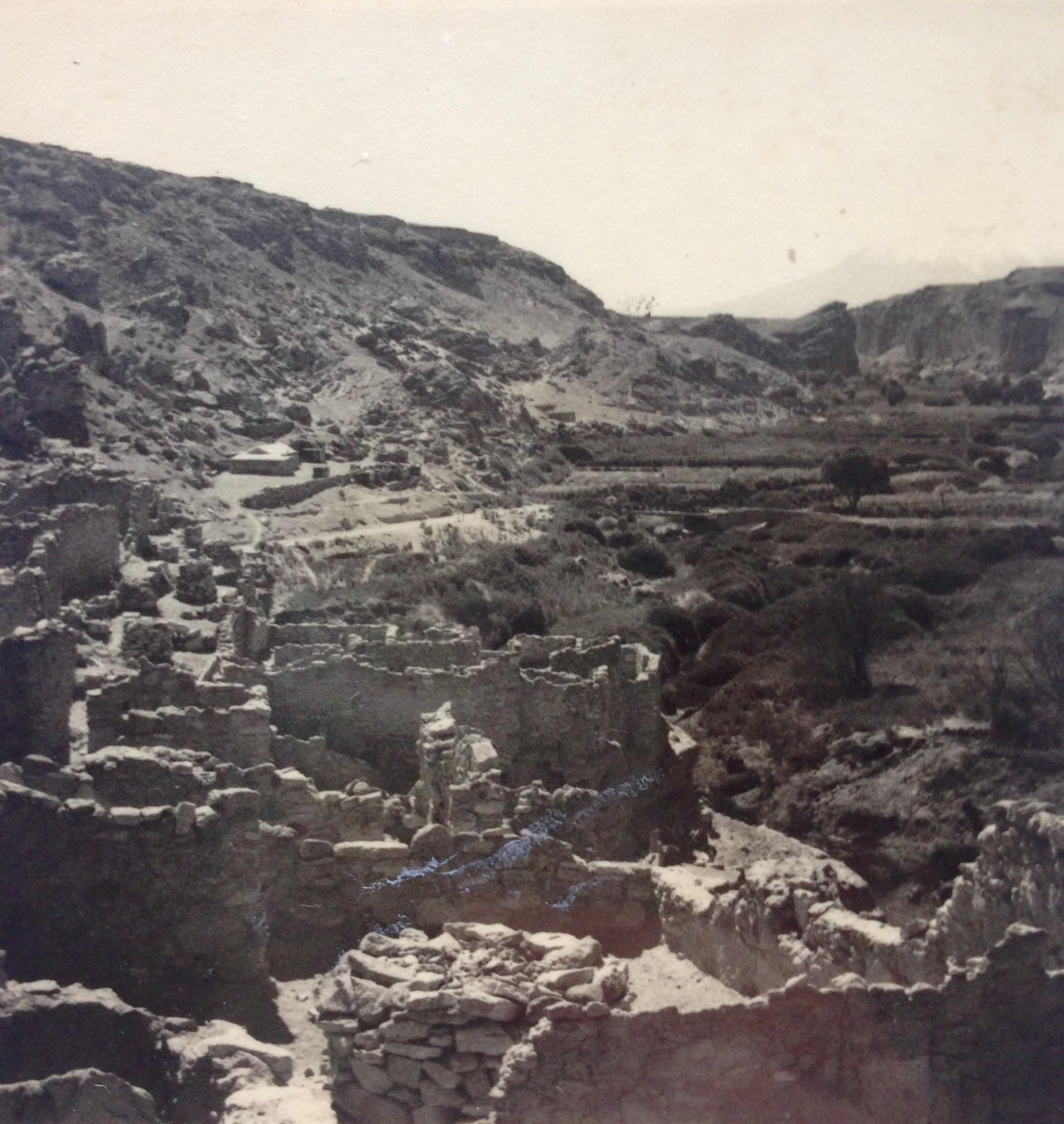 Enterreno - Fotos históricas de chile - fotos antiguas de Chile - Pucará de Chiu Chiu, 1965