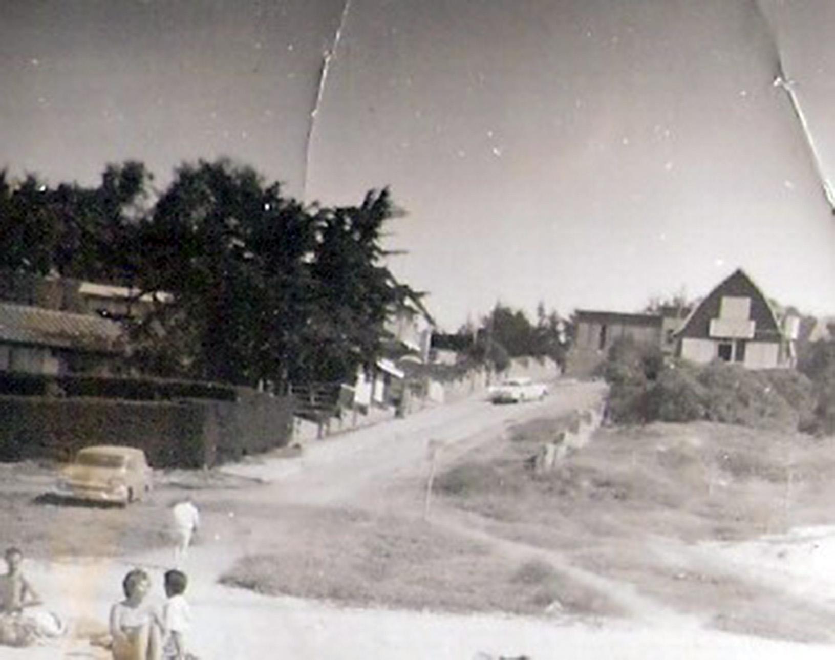 Enterreno - Fotos históricas de chile - fotos antiguas de Chile - El Quisco, febrero 1959