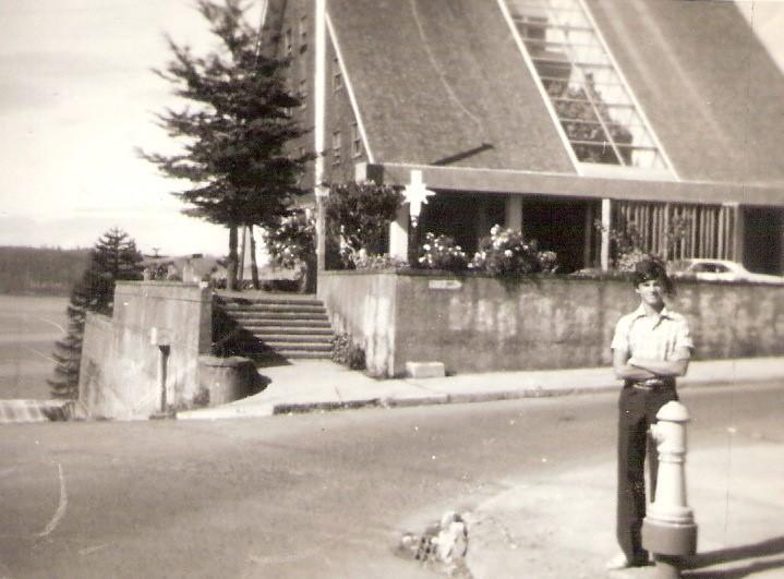 Enterreno - Fotos históricas de chile - fotos antiguas de Chile - Hostería de Castro en 1978