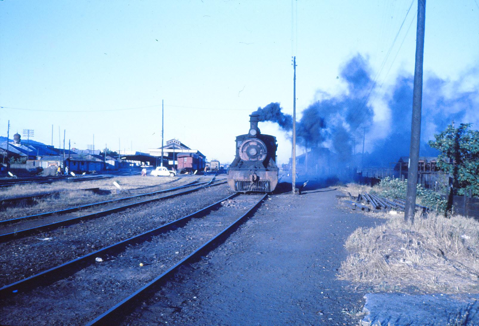 Enterreno - Fotos históricas de chile - fotos antiguas de Chile - Estación de Temuco, 1978