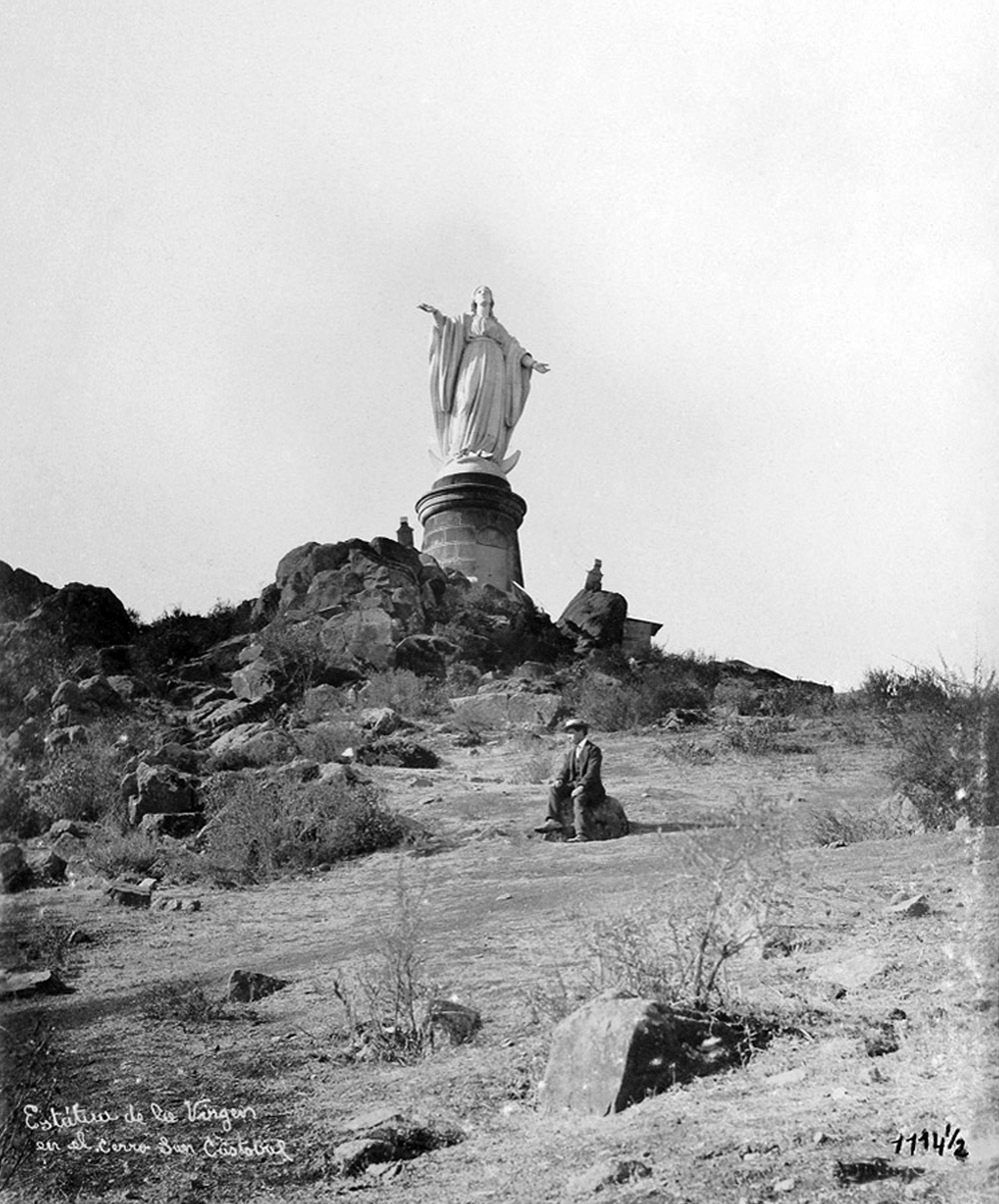 Enterreno - Fotos históricas de chile - fotos antiguas de Chile - Virgen del Cerro San Cristóbal ca. 1910