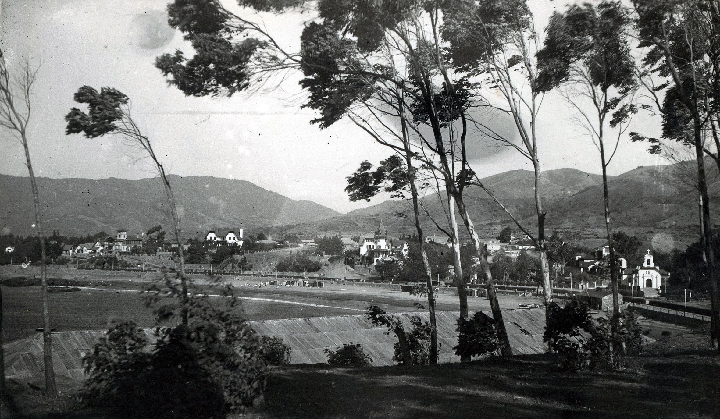 Enterreno - Fotos históricas de chile - fotos antiguas de Chile - Papudo en 1946