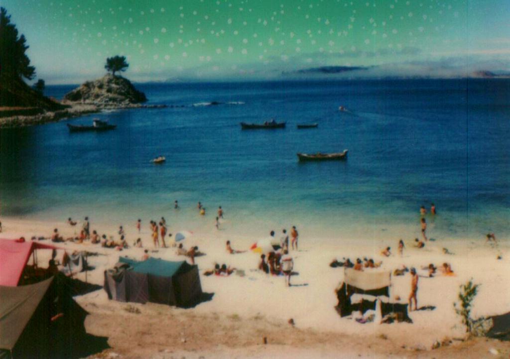 Enterreno - Fotos históricas de chile - fotos antiguas de Chile - Playa Ramuntcho en 1982