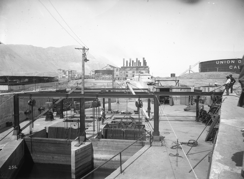 Enterreno - Fotos históricas de chile - fotos antiguas de Chile - Termoeléctrica en Tocopilla en 1915