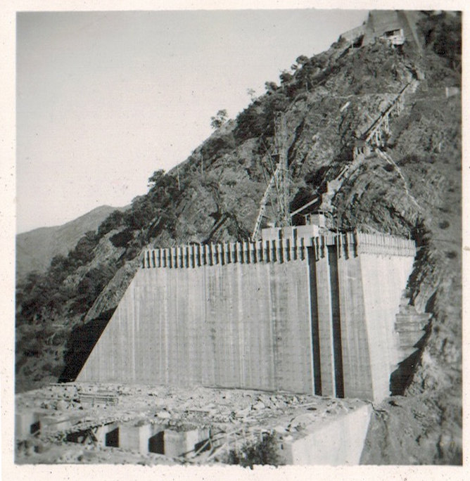 Enterreno - Fotos históricas de chile - fotos antiguas de Chile - Construcción Central Hidroeléctrica Sauzal en 1945