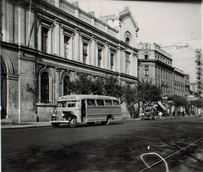 Enterreno - Fotos históricas de chile - fotos antiguas de Chile - Universidad de Chile en 1945