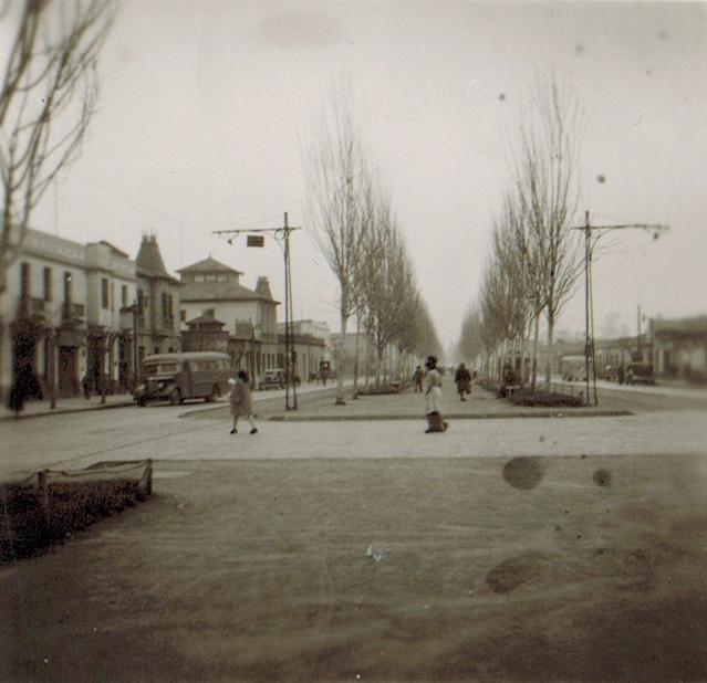 Enterreno - Fotos históricas de chile - fotos antiguas de Chile - Alameda de Rancagua, 1945