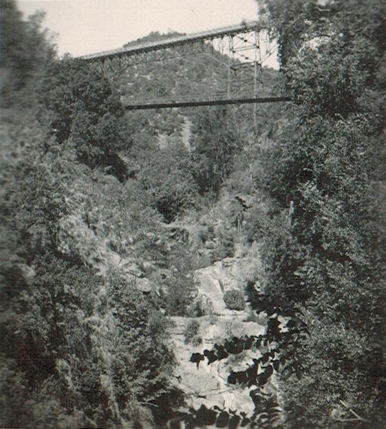 Enterreno - Fotos históricas de chile - fotos antiguas de Chile - Puente Viejo, Coya, Machalí en 1945