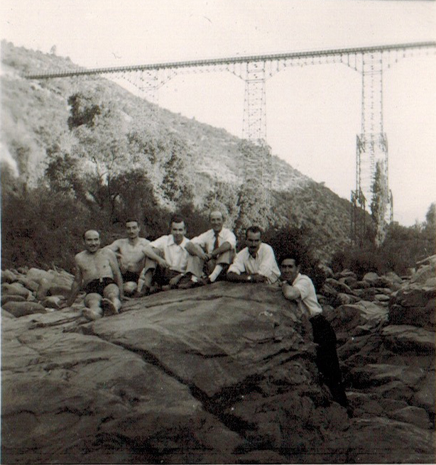 Enterreno - Fotos históricas de chile - fotos antiguas de Chile - Verano en el Río Cachapoal, 1945