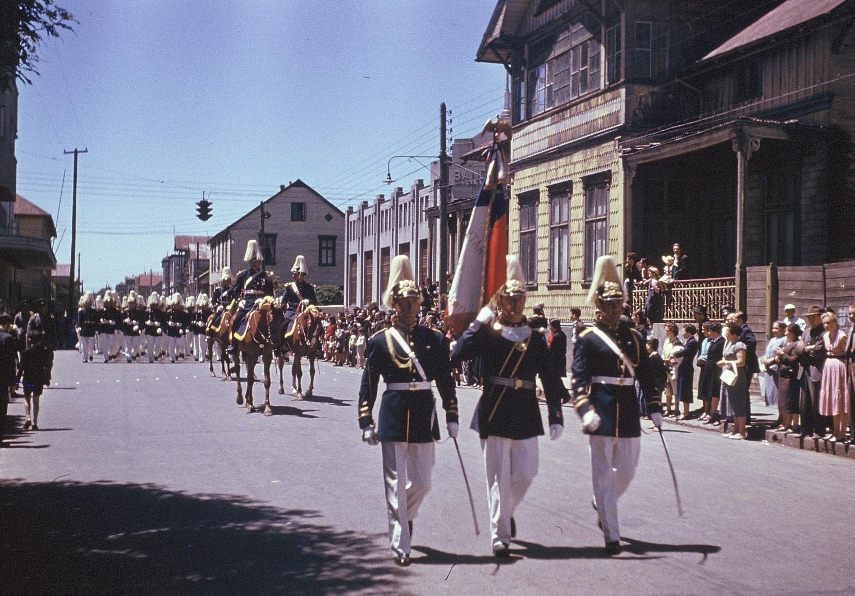 Enterreno - Fotos históricas de chile - fotos antiguas de Chile - Escuela Militar en Osorno, 1956