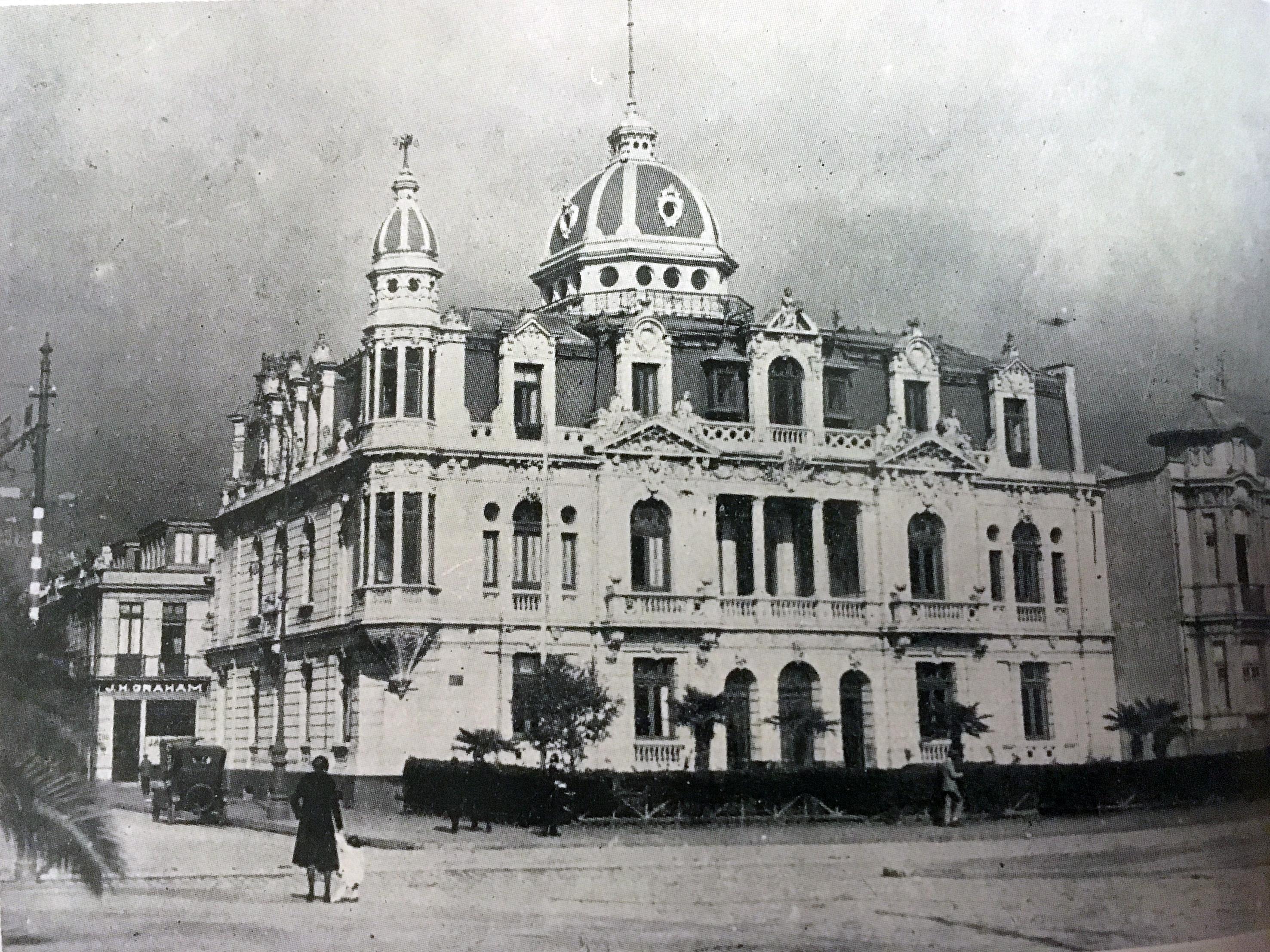 Enterreno - Fotos históricas de chile - fotos antiguas de Chile - Palacio Polanco de Valparaíso en 1920
