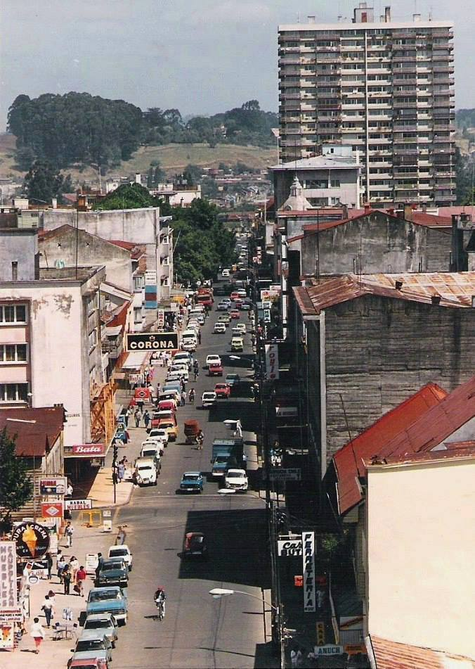 Enterreno - Fotos históricas de chile - fotos antiguas de Chile - Osorno en 1985