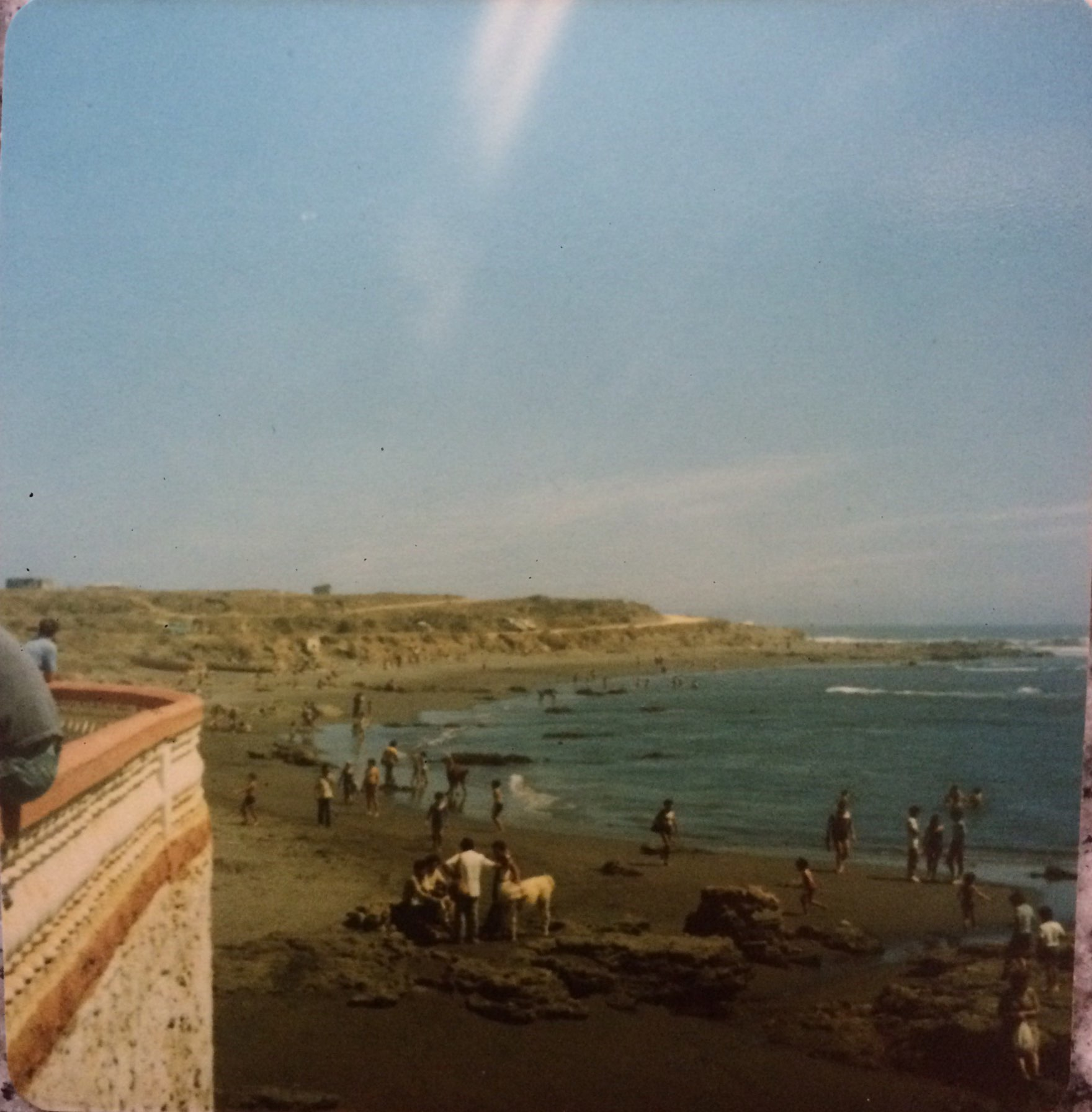 Enterreno - Fotos históricas de chile - fotos antiguas de Chile - Pichilemu e 1983