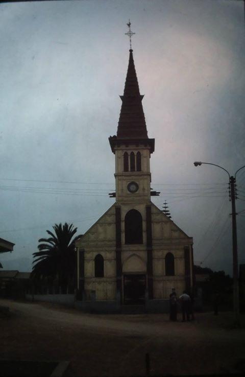 Enterreno - Fotos históricas de chile - fotos antiguas de Chile - Iglesia de Guayacan, Coquimbo en 1978